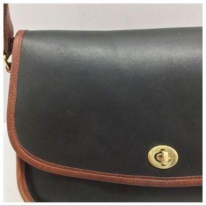 fd6fe483 Vintage {Coach} Green Spectator City Bag Crossbody